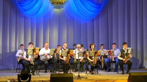 Духовой оркестр руководитель Кононенко Г.М.